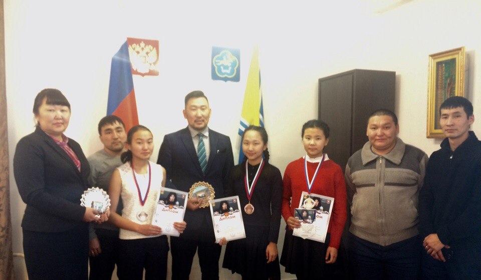 Спортсменки из Улуг-Хемского кожууна завоевали право выступать на российских соревнованиях по боксу!