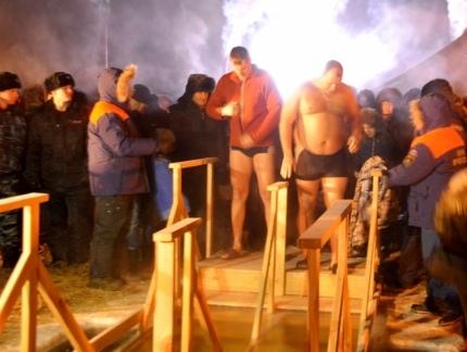 В Туве инспекторы ГИМС определили места для крещенских купель.