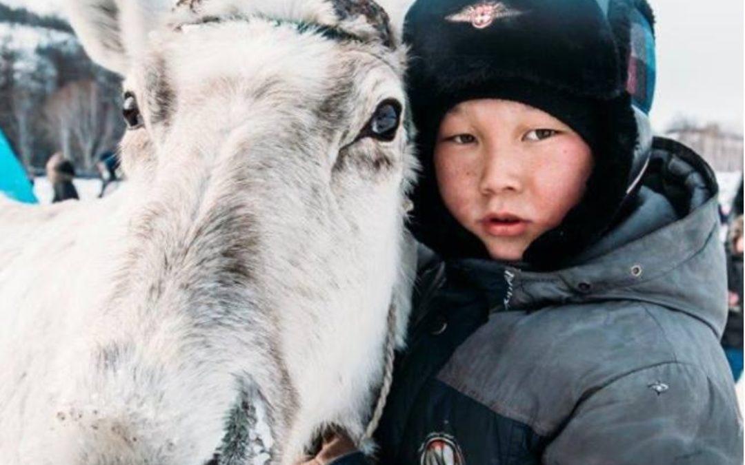Президент России В.В. Путин подписал закон о защите прав коренных малочисленных народов местными властями.